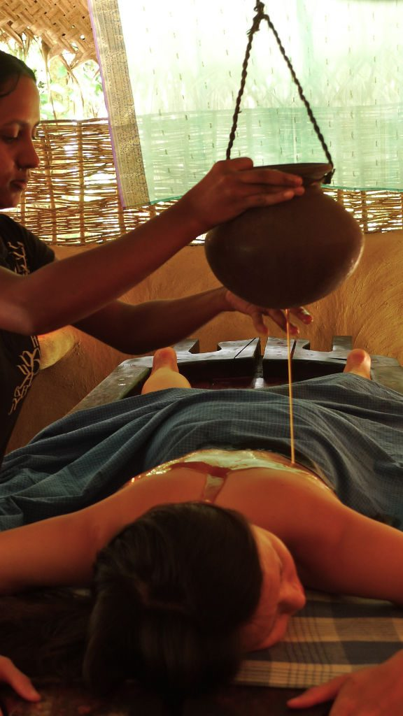 Ayurveda warm oil drip at Ulpotha Sri Lanka